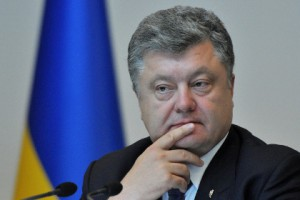 Порошенко назвав мету торгової блокади Криму