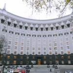 Яценюк пригрозив Росії виплатою боргів