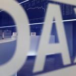 Біржі ЄС забарилися зниження після сильної статистики