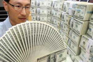 Банки Уолл-стріт дружно ставлять на зростання долара в 2016 році