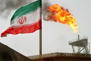Иран одобрил увеличение добычи нефти на полмиллиона баррелей