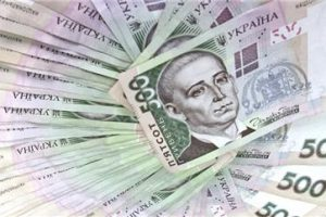 Доходность гривневых депозитов выросла, а валютных — упала
