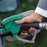 Нефть дешевеет на фоне роста курса доллара