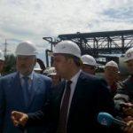 Гройсман отправился на завод Ахметова, чтобы поговорить об экологии