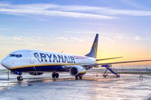 Лоукостер Ryanair начнет полеты в Украину в 2017 году