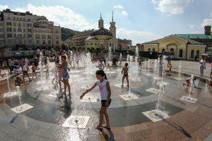 Киев пожаловался на Москву из-за жары