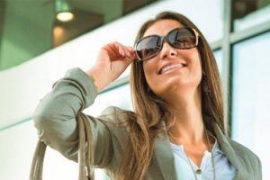 Скоро лето: Visa представила очки-кредитку