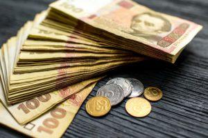 Продолжает увеличиваться: в Госстате заявили о непрерывном росте задолженности по выплате зарплаты в Украине