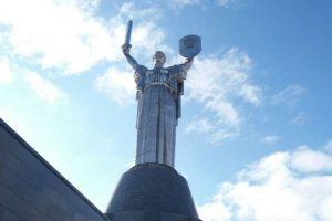 На Украине объяснили невозможность декоммунизирвоать «Родину-мать»