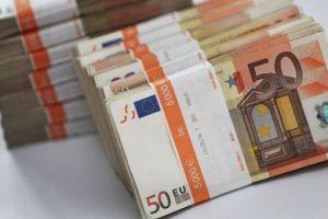 Курс валют НБУ: евро стоит 30,14 грн
