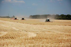 Первые компенсации аграриям 20% стоимости сельхозтехники оформят в ближайшее время — Гройсман