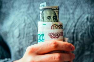 Гройсман назвал причины роста цен на продукты в Украине