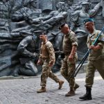 Порошенко: С начала АТО погибли 469 украинских десантников