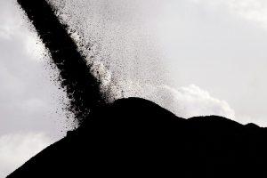 В Украину прибыло восьмое судно с африканским углем
