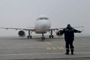 В Киев начал летать итальянский лоукостер