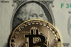 Евросоюз хочет контролировать криптовалюты на предмет отмывания средств
