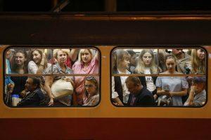 В Кабмине похвастались ростом средней зарплаты украинцев — 8382 гривни