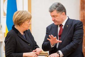 СМИ назвали дату встречи Порошенко с Меркель и Макроном