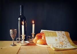 За столом у евреев. Шабат