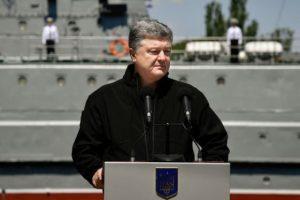 Экс-министр обороны Украины предрек стране крах через 3-5 лет