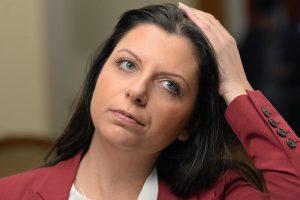 «Умилил до слез»: Симоньян ответила на критику Порошенко и посоветовала не учить ее русскому языку