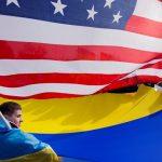 В первый день после длинных выходных в Украине подорожал доллар