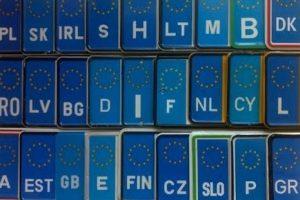 По двойному тарифу. Сколько нужно будет заплатить за легализацию еврорублях и что будет, если не платить
