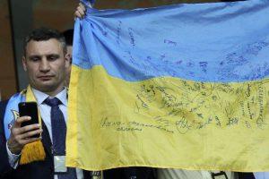 «Извинения Порошенко народу не нужны»: украинский политолог рассказал, почему нельзя верить «президенту мира»