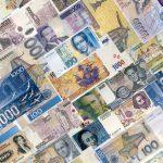 Лира, песо, рубль и гривня. Чем обернется массовое падение валют для мира и Украины