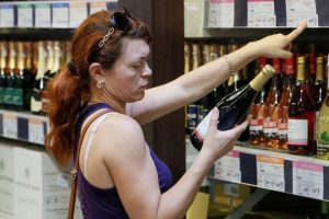 Турчинов: алкоголизм украинцев несет угрозу нацбезопасности