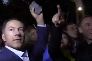 В Москве поймали одичавшего бывшего министра Украины, кидавшего камни в посольство России