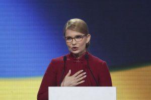 Тимошенко пообещала в первый месяц своего президентства снизить цены на газ в два раза