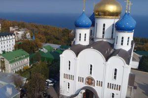 Власти Украины готовы заставить переименовать УПЦ