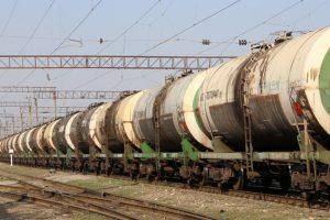 Оставшейся без российской нефти Украине предрекли технический дефолт