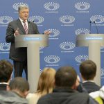 В штабе Порошенко признали попадание президента в «информационную оппозицию»