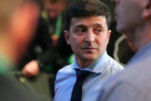 Рада собирается до осени блокировать работу нового президента Украины