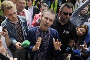 Вакарчук рассказал, как завершить войну на Украине