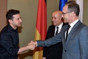 Запад долго требовал, чтобы Россия поменяла отношение к Киеву и вот дождался