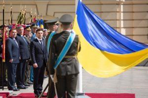 Зеленский предложил России «обменять» Крым на место в G8