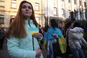 Зеленский заявил, что украинцы имеют право говорить на русском языке
