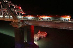 На Украине возбудили дело после проезда поезда через Крымский мост