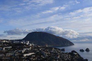 Украинская община Крыма отказалась от обещанного Зеленским «города-сада»
