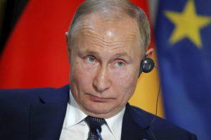 Путин поговорил с Зеленским и призвал его ответить за слова