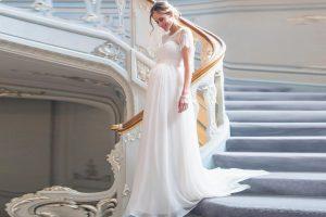 Платье для беременной невесты: какую ткань выбрать?
