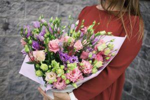 Доставка цветов для самого родного человека — мамы