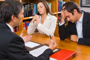 Как по закону решить семейные споры о разделе имущества